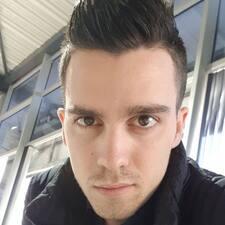 Axel Kullanıcı Profili