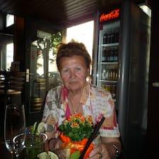 Istvánné User Profile