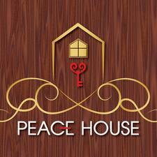 โพรไฟล์ผู้ใช้ Peace House