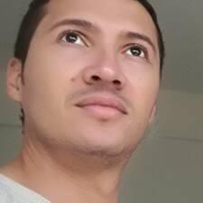 Carlos Mario Brukerprofil