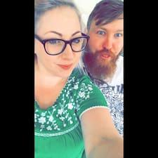Andrew & Charlotte Kullanıcı Profili