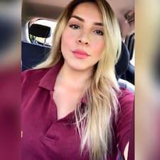 Joseline Espinoza felhasználói profilja