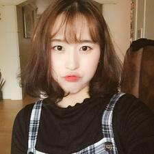 채현(Chae Hyeon) User Profile