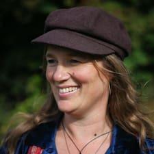 Fiona Grace User Profile