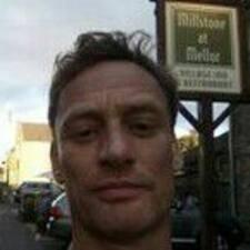 Profil korisnika Andrew Robert