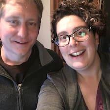 Todd & Janeen je Superhost.