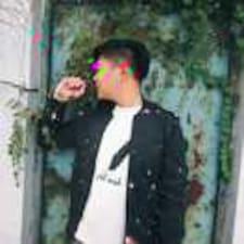 谭智威 felhasználói profilja