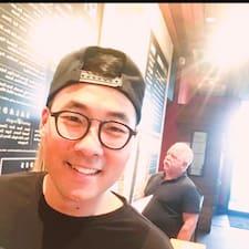 Kyung felhasználói profilja