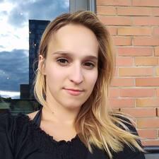 Profil Pengguna Anna Beatrice