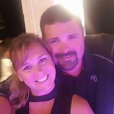 Joshua & Christina Brugerprofil