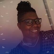 Adrienne的用戶個人資料