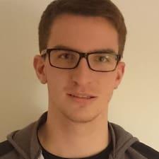 Benedikt felhasználói profilja