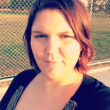 Marie-Eline User Profile