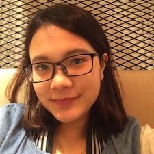 Profilo utente di Debora Apryani