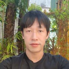 Seong Hwan felhasználói profilja