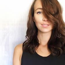 Profil korisnika Avery