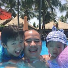 Hai & Family