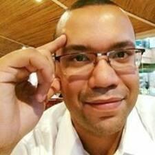 Profil Pengguna Leandro