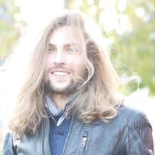 Profil utilisateur de András