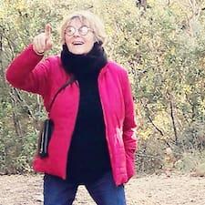 Françoise on supermajoittaja.