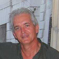 Dowiedz się więcej o gospodarzu Jose