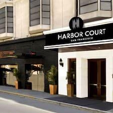 Henkilön Harbor Court Hotel käyttäjäprofiili