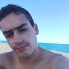 Júlio felhasználói profilja