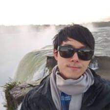 โพรไฟล์ผู้ใช้ Chien-Wei