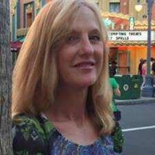 Debbie的用戶個人資料