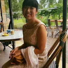 Profil korisnika Angie Yifeng