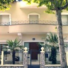 Appartamenti Villa Tonni的用戶個人資料