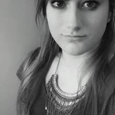 Lucie070103 Kullanıcı Profili
