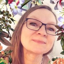 Viviann felhasználói profilja