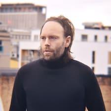Ole Øivind è un Superhost.