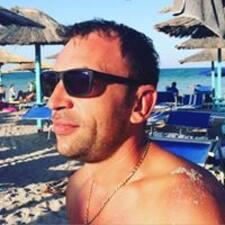 Vasile-Stefan的用户个人资料