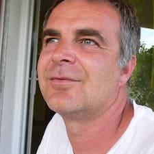โพรไฟล์ผู้ใช้ Didier