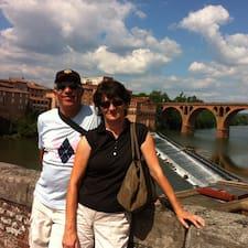 Jean François Et Christine est un Superhost.