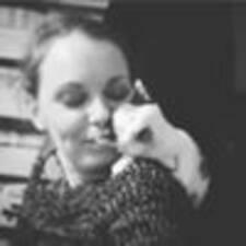 Rosalynde felhasználói profilja