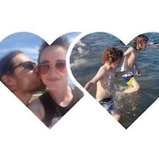 โพรไฟล์ผู้ใช้ Lorna And Justin