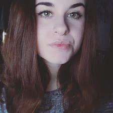 Profil Pengguna Lara