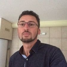 Renaldo User Profile