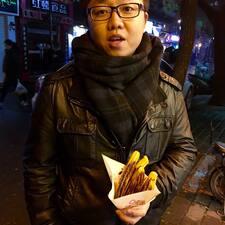 闻潇 felhasználói profilja