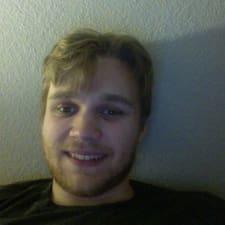 Henrik felhasználói profilja