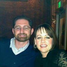 Matt & Vicki님은 슈퍼호스트입니다.