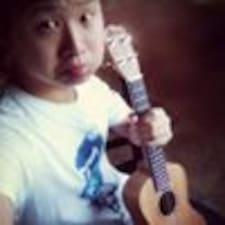 โพรไฟล์ผู้ใช้ Yiwei