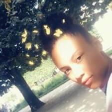 Emefa felhasználói profilja