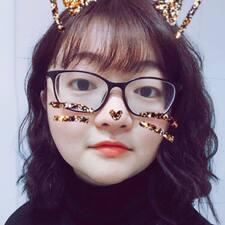 彤彤 User Profile