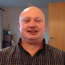 Robertas felhasználói profilja