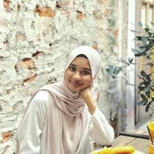 Profilo utente di Ezzah Aina