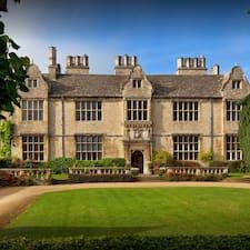 Профиль пользователя Yarnton Manor Estate